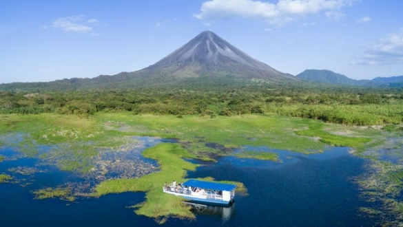 Explore La Fortuna Lake Arenal Costa Rica